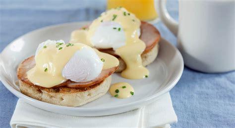 cucinare uova in camicia come preparare uova in camicia perfette aia food
