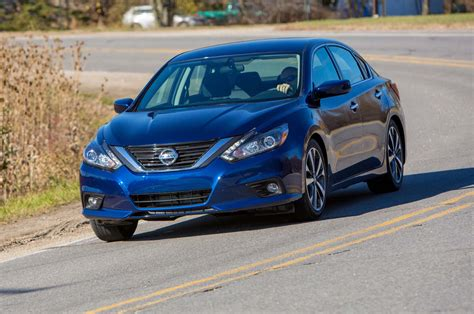 2017 nissan altima 0 60 acceleration performance review