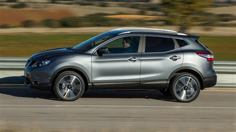 nissan reviews nissan qashqai dig t 2017 review by car magazine