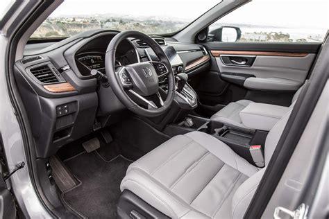 Honda Crv Interior Pictures by 2017 Honda Cr V Touring Awd Test Motor Trend
