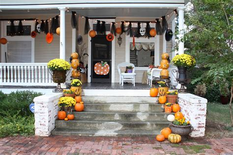 35 best ideas for halloween decorations yard with 3 easy tips 35 best outdoor halloween decoration ideas easy halloween