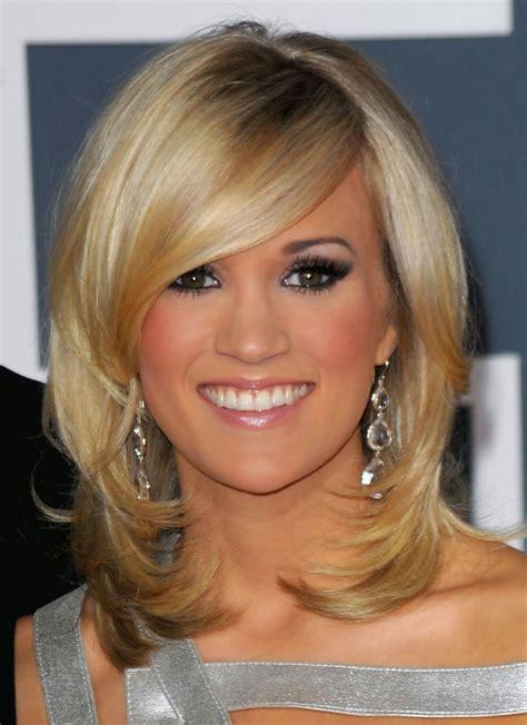 apuestos estilos con flequillo moda 2012 peinados de moda ideas de peinados y cortes para pelo mediano 2012 2013