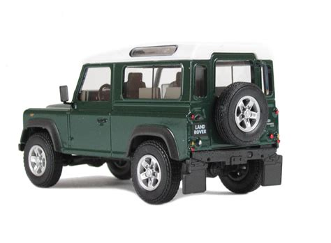 green land rover defender hattons co uk cararama defdg90 land rover defender 90