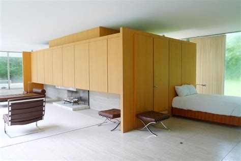 farnsworth house bedroom mies van der rohe s farnsworth house farnsworth house