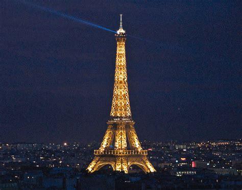eifel tower worlds incredible eiffel tower paris france