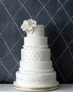 classy white wedding cakes arabia weddings