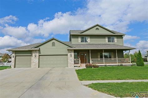 two story move in ready home for sale in sioux falls