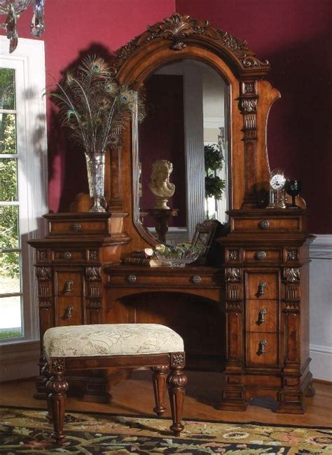 Antique Bedroom Vanity Furniture by Antique Vanity Dresser With Mirror And Stool Drawers