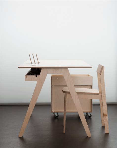 Digital Smart Desk Will Quot Eliminate The Need For Desktop Plywood Office Desk