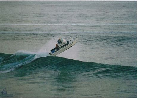 sport fishing boat in rough seas airborne rough water boat pics page 3 the hull truth