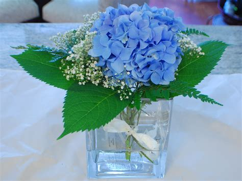 decor blue hydrangea arrangements with clear glass vase
