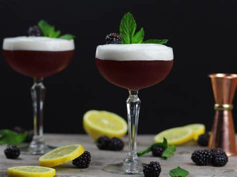 blackberry bourbon smash recipe kitchen swagger blackberry whisky recipe dandk organizer