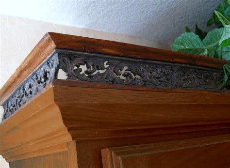 kitchen cabinet top molding kitchen cabinet top moulding galley railing trim pewter