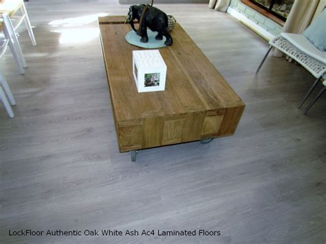 laminated wood flooring za 28 images moyaz flooring