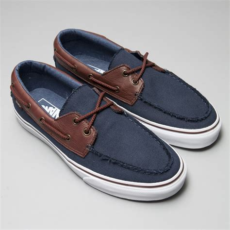 related keywords suggestions for deck shoes