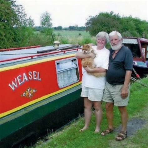 living on a canal boat with cats the voyages of weasel canal boat tests ownership