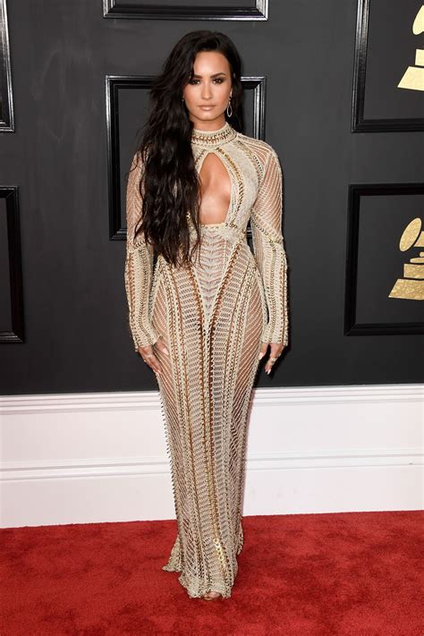 demi lovato grammy awards 2018 demi lovato on red carpet grammy awards in los angeles 2