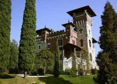 italian property to buy apartment in menaggio lombardia