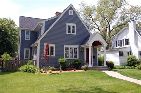 wilmette il cape cod style home in hardie custom color siding traditional exterior