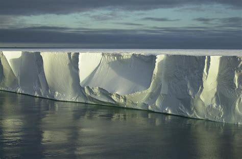Shelf Antarctica by File Shelf Antarctica 13 Jpg Wikimedia Commons