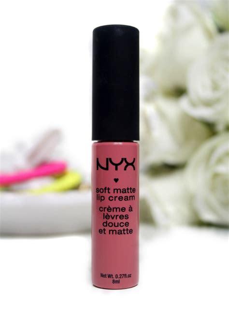 Lipstik Nyx Milan nyx soft matte lip in milan swatch review