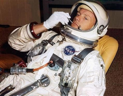 biography neil armstrong astronaut image gallery neil armstrong facts nasa