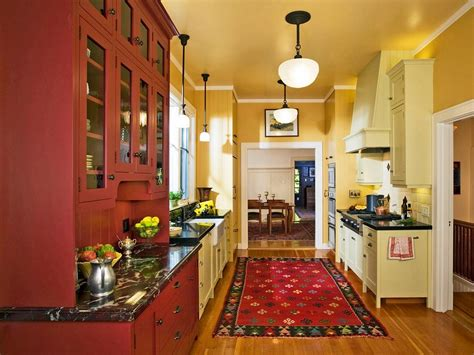 Yellow And Red Kitchen Ideas | red kitchen decor for modern and retro kitchen design