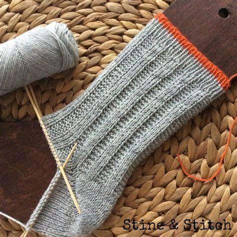 Socken Stricken Anleitung Muster by Die Besten 25 Socken Stricken Muster Ideen Auf