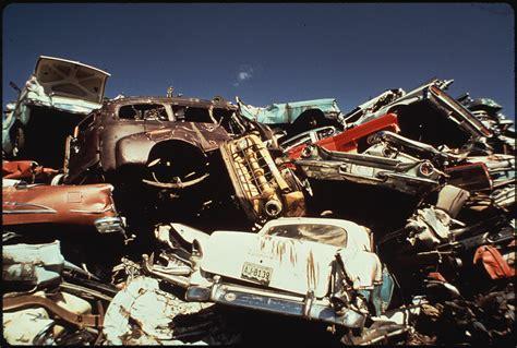 the junkyard file national metals junkyard nara 545303 jpg wikimedia commons