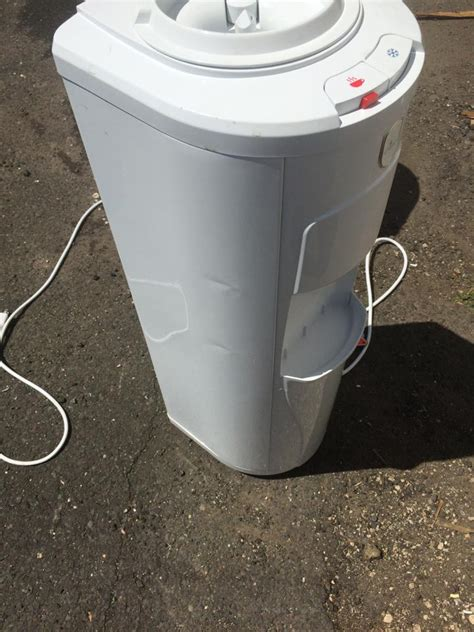 Water Dispenser Leaking vitapur water dispenser leaking water cooler dispenser 5 gallon thermo electric cold