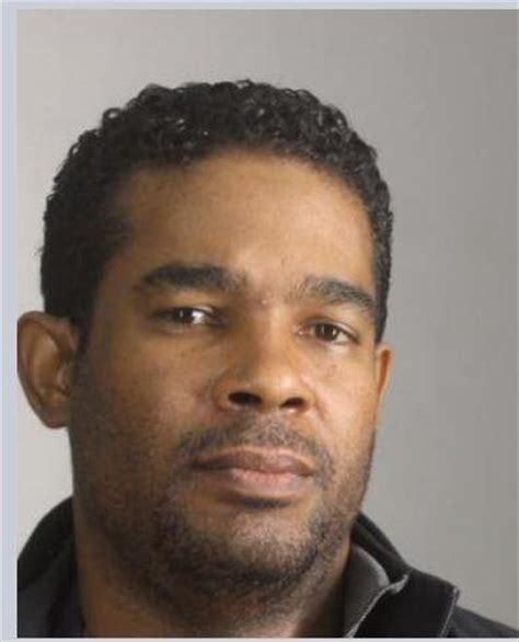 Erie County Warrant Search Canadian Charged With Smuggling Cocaine Into Wny Wbfo