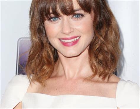 2015 women lob lob hairstyle with bangs women fashion tips