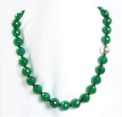 green bead necklace agate kensu jewelry