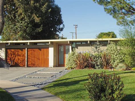 eichler style homes eichler or likeler iconic post and beam homes socal