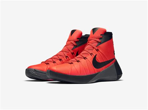 nike basketball shoes technology nike hyperdunk 2015 delivers modern aesthetic with