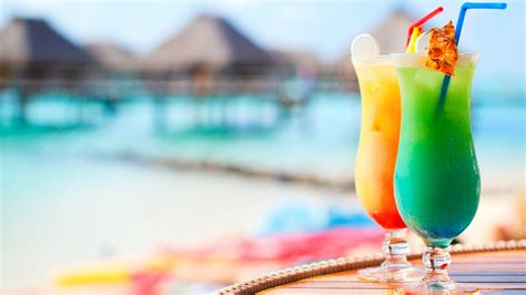 cocktail drinks on the beach cocktails on a beach wide screen wallpaper 1080p 2k 4k