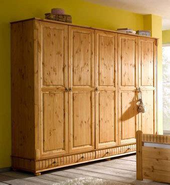 kleiderschrank 5 türig kleiderschrank 5 t 252 rig massivholz bestseller shop f 252 r
