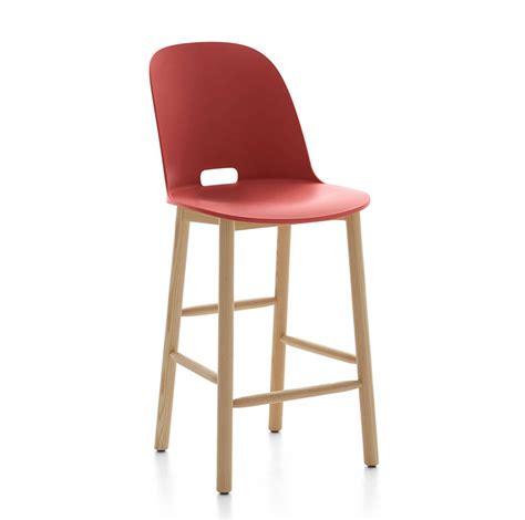 sgabelli con schienale alto emeco alfi counter stool high back sgabello con schienale