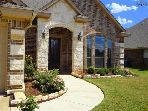 brick house austin 102 best images about brick on pinterest acme brick traditional exterior and brick
