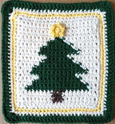 crochet christmas tree potholder pattern 30 best images about christmas dishcloths on pinterest