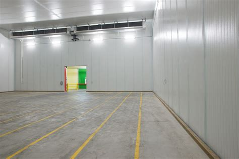 Panel Cold Storage using cold storage wall panels for the apple industry