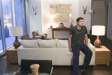 home interior design tv shows get interior design ideas from your favorite fall tv shows