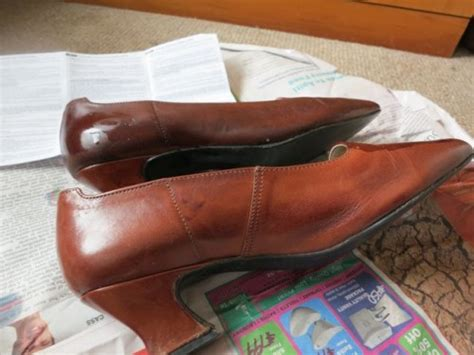 How To Dye Leather by Tutorial How To Dye Leather Shoes Handbags The