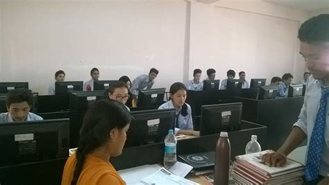 Upes Dehradun Mba Reviews by Upes College Of Management Economics Studies Comes