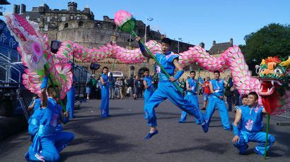 edinburgh tattoo on tv 2015 royal edinburgh military tattoo line up august 2015 stv