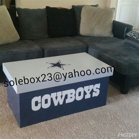 cowboy coffee table 25 best ideas about dallas cowboys room on