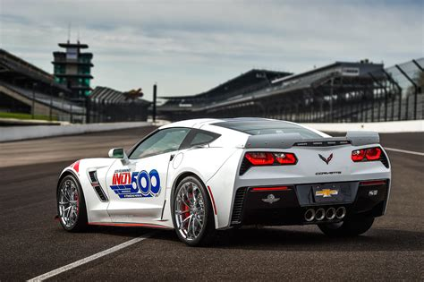 Indy 500 Corvette by Corvette Grand Sport Pace Car For 101st Indianapolis 500