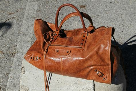Balenciaga The Weekender by My Beloved Bags Thechilicool Fashion Italia