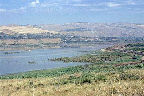 terrazzi fluviali oasi simeto le giarrette agriresort vicino oasi