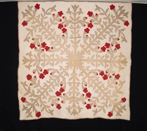 Hawaiian Quilts For Sale by Vintage Antique Hawaiian Quilts For Sale